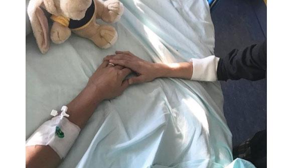 Francesca Barra ricoverata in ospedale insieme al figlio per l'epatite A