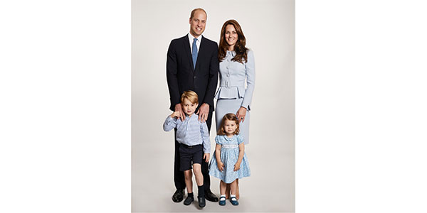 La cartolina di Natale di William, Kate, George e Charlotte