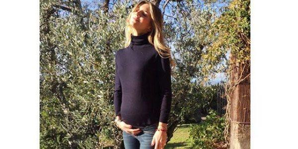 Il dolce annuncio di Nicoletta Romanoff: