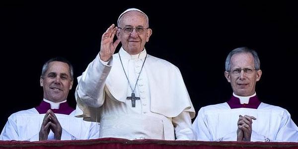 """Il Papa ai giovani: """"Mancanza di lavoro è peccato sociale"""""""