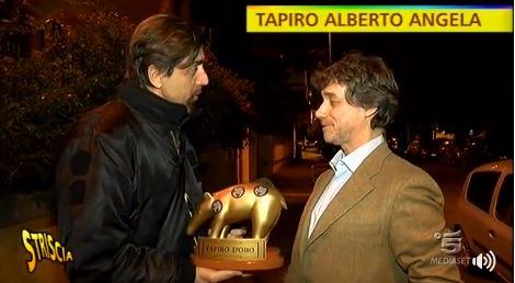 Striscia, la furia dei bellunesi e il tapiro d'oro per Alberto Angela