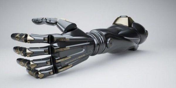 È tutta italiana la prima mano bionica al mondo dotata di tatto