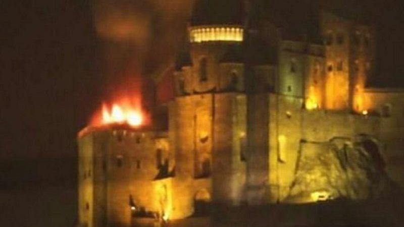 Torino, incendio alla 'Sacra di San Michele'