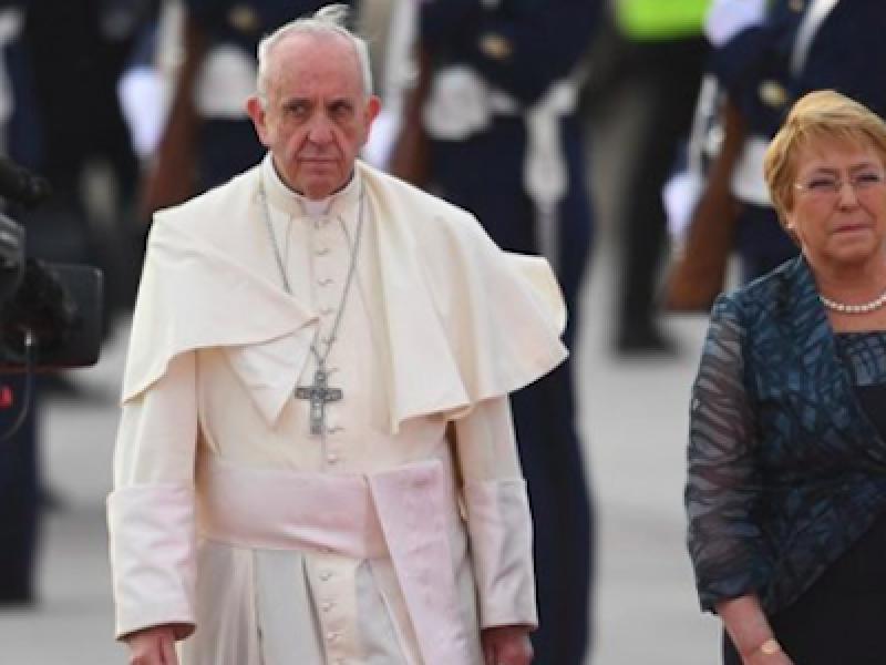 Cile papa, Papa Francesco chiede scusa, papa francesco pedofilia, Papa Palazzo della Moneda, Papa Santiago del Cile