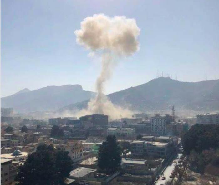 Afghanistan, 4 kamikaze fanno strage: 26 morti