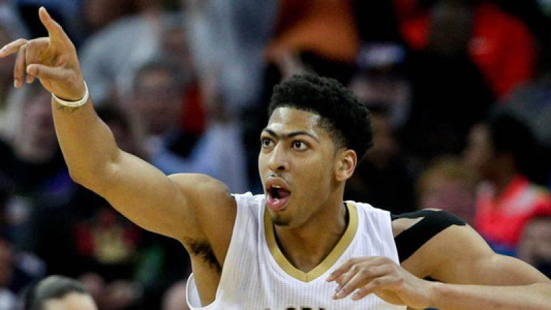 Playoff NBA, New Orleans demolisce Portland 4-0. I Sixers allungano