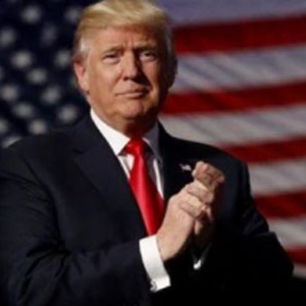 Usa, Trump revoca a sorpresa il
