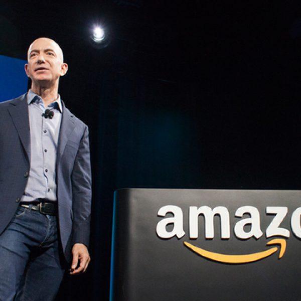Mr Amazon costruirà l'orologio eterno