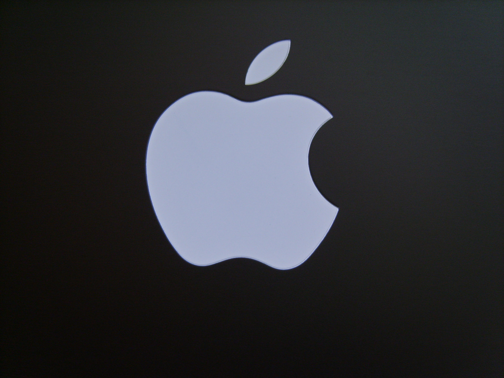 Apple consegna i dati al governo Cinese