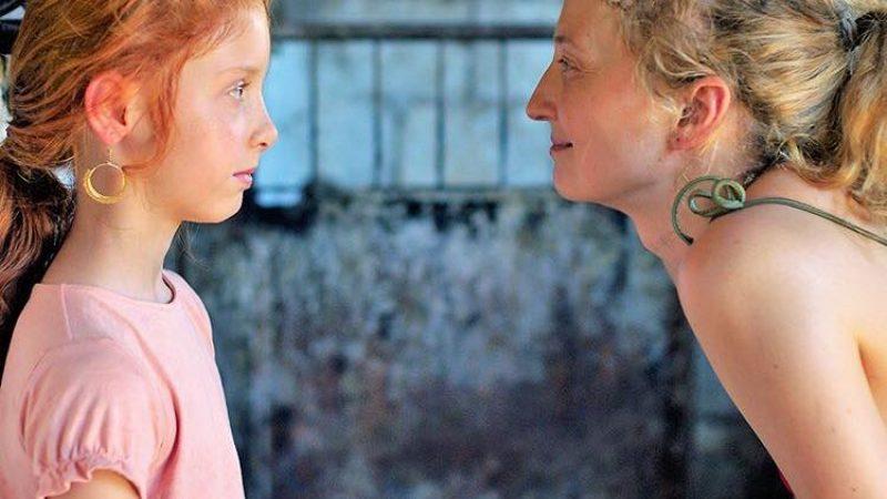 """Festival di Berlino, quel bacio saffico che inaugura """"Figlia mia"""""""