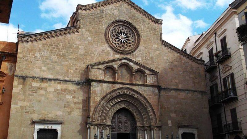 """""""La basilica di San Francesco d'Assisi cade a pezzi: adottiamola!"""""""