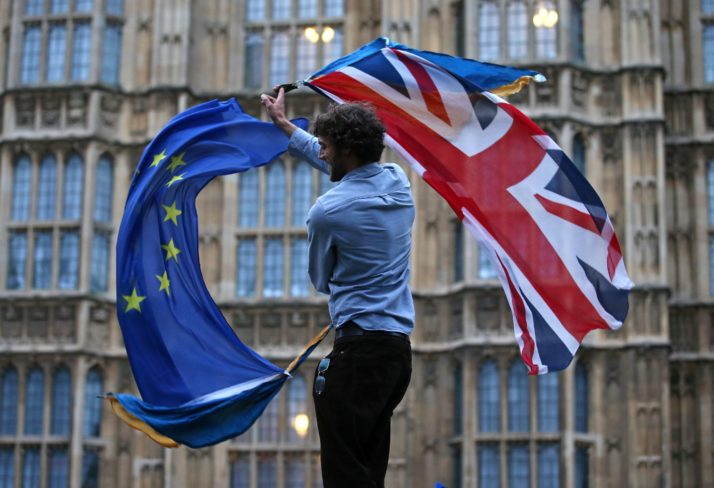 Brexit, cosa succede dopo la bocciatura: i possibili scenari