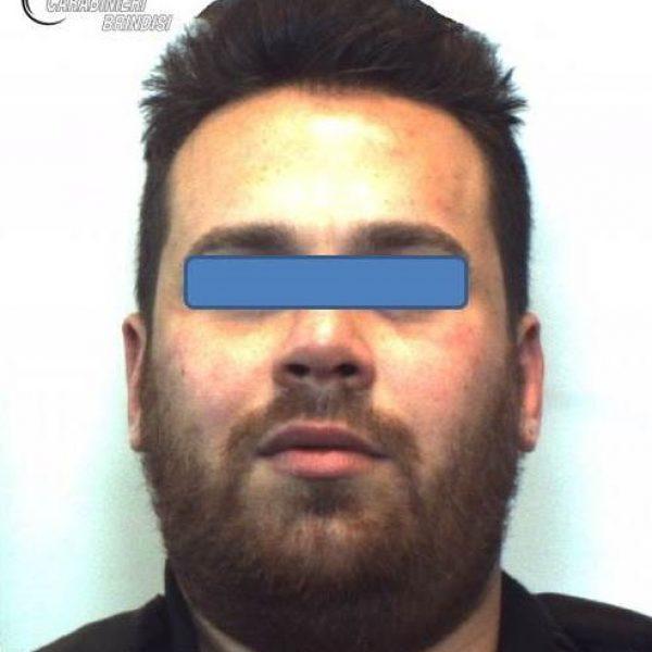 Brindisi, tre kg di eroina in casa: arrestato