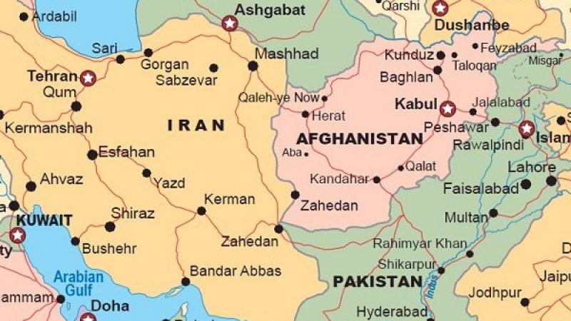 Tragedia aerea in Iran, cade un velivolo: 66 morti
