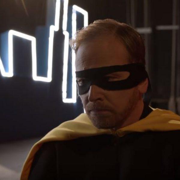 """Cesare Cremonini, il videoclip di """"Nessuno vuole essere Robin"""""""