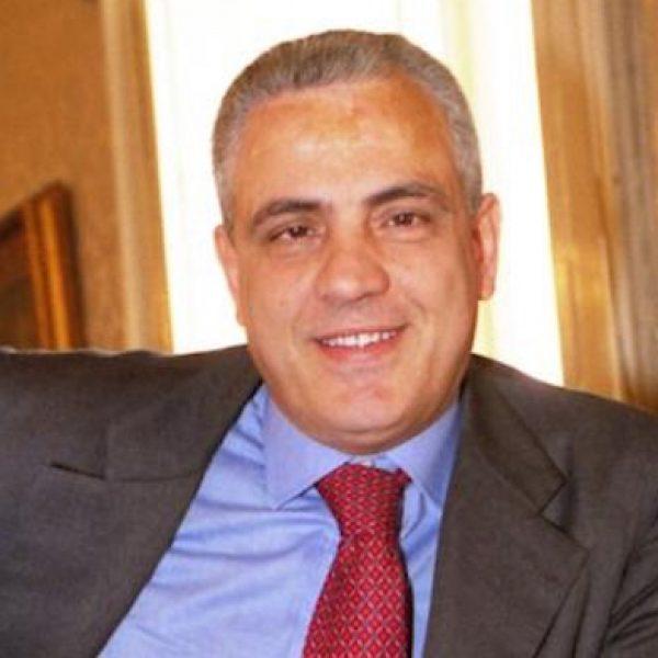 Napoli, indagati per corruzione Passariello e De Luca junior