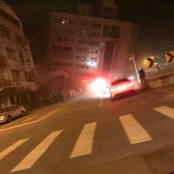 Terremoto devastante a Taiwan, crolla un hotel: morti e feriti