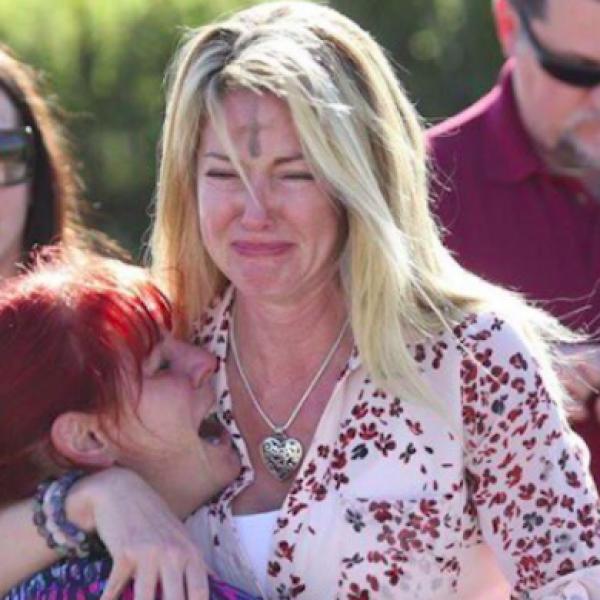 Usa, mattanza in una scuola: 17 morti