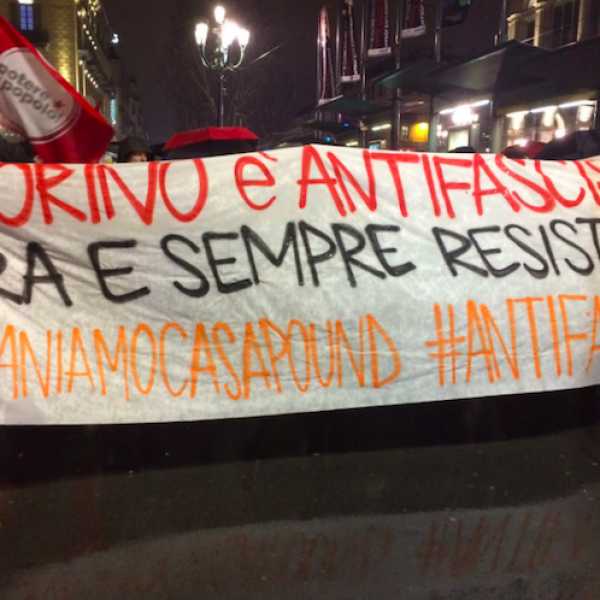 Torino, disordini al corteo antifascista contro CasaPound