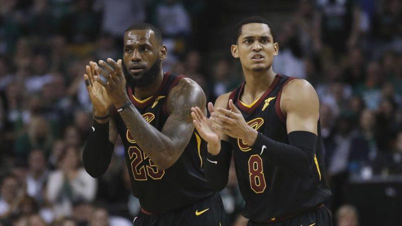 NBA, i nuovi Cavs dominano a Boston. Ok Houston