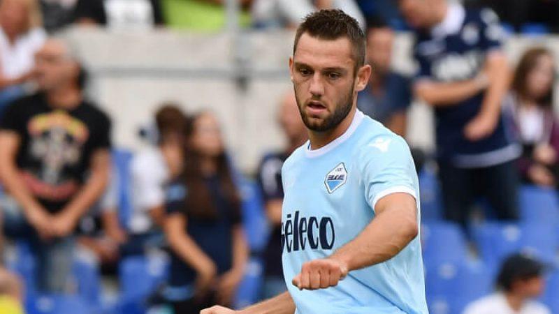 Calciomercato, Inter in pressing su De Vrij: offerto un quinquennale
