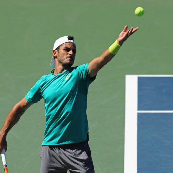 ATP Dubai, Fabbiano subito out: rimonta vincente di Krajinovic