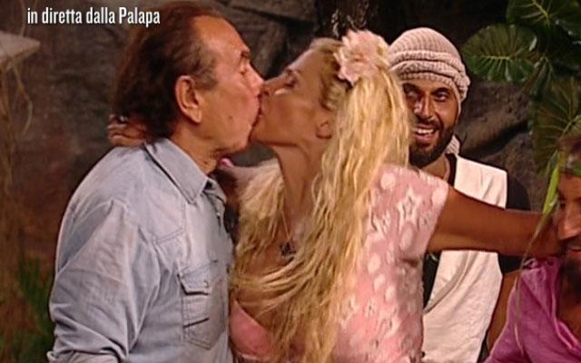 Gossip, Francesca Cipriani bacia Giucas Casella