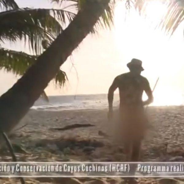 Scena hot all'Isola, Filippo Nardi nudo davanti a Bianca Atzei