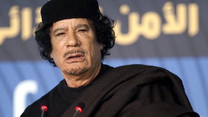 Serie tv su Gheddafi: Sky in trattative con Saviano
