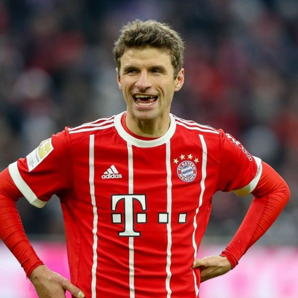 Thomas Muller, matto come un... cavallo! VIDEO