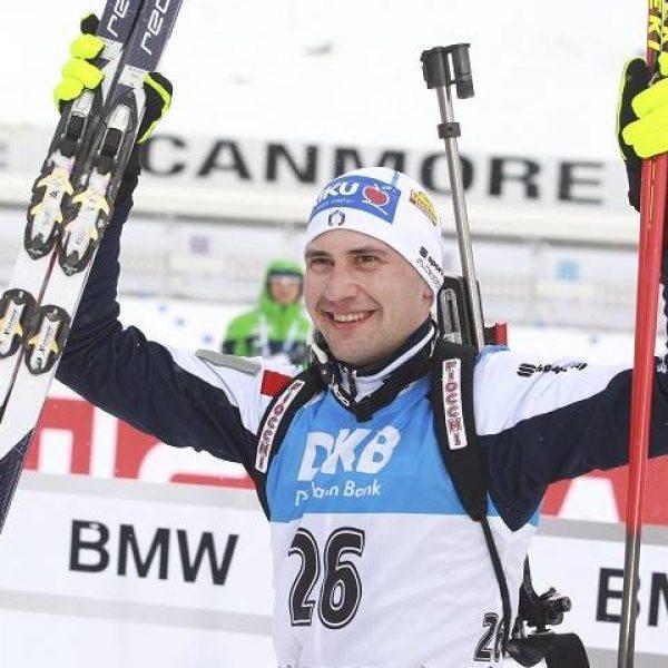 Biathlon, nella mass start trionfa Fourcade. Windisch 17°