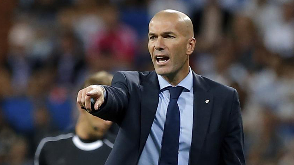 Real Madrid, annuncio a sorpresa: via Solari, torna Zidane