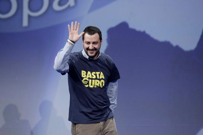 """Salvini dichiara 'guerra' a Bruxelles e rilancia: """"Se serve, ignoreremo il tetto del 3%"""""""