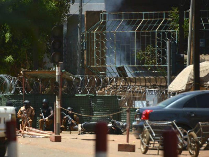 Burkina Faso, attentato all'ambasciata francese: 28 morti