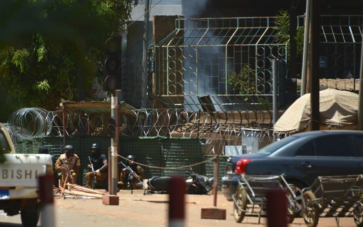 Attacco jihadista all'Ambasciata francese in Burkina Faso