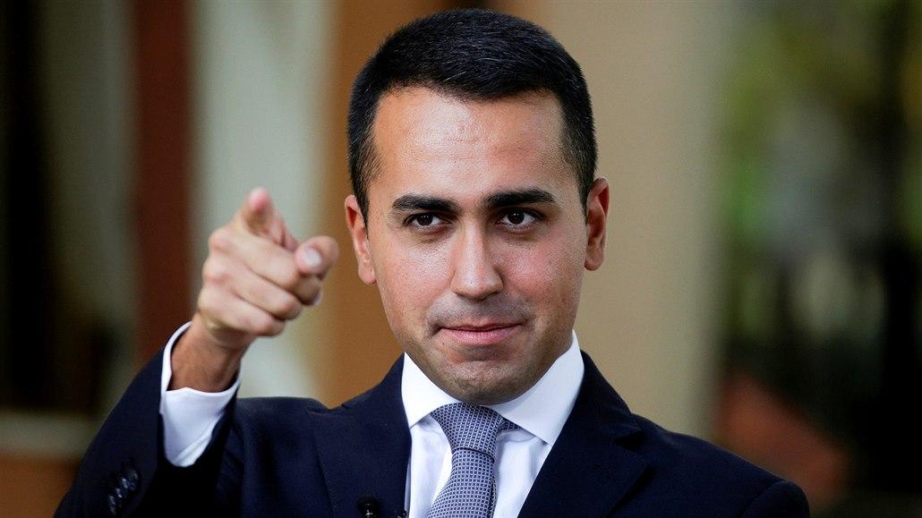 """Di Maio alza la voce: """"Impiegheremo meno della Germania per il governo"""""""