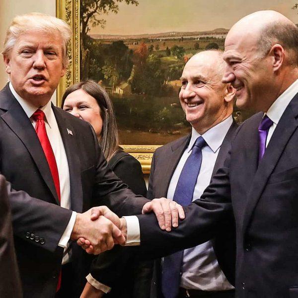 Dopo Hope Hicks, anche Gary Cohn abbandona lo staff di Trump