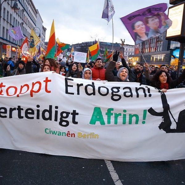 Cade Afrin ed Erdogan minaccia: