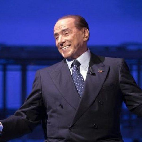 """Elezioni, Berlusconi: """"No a eventuali governi di scopo"""""""