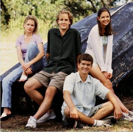 """Dawson's creek, Katie Holmes: """"Presto ci troveremo tutti insieme"""""""