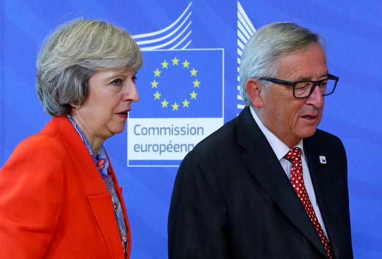 Brexit, incontro May-Juncker stasera