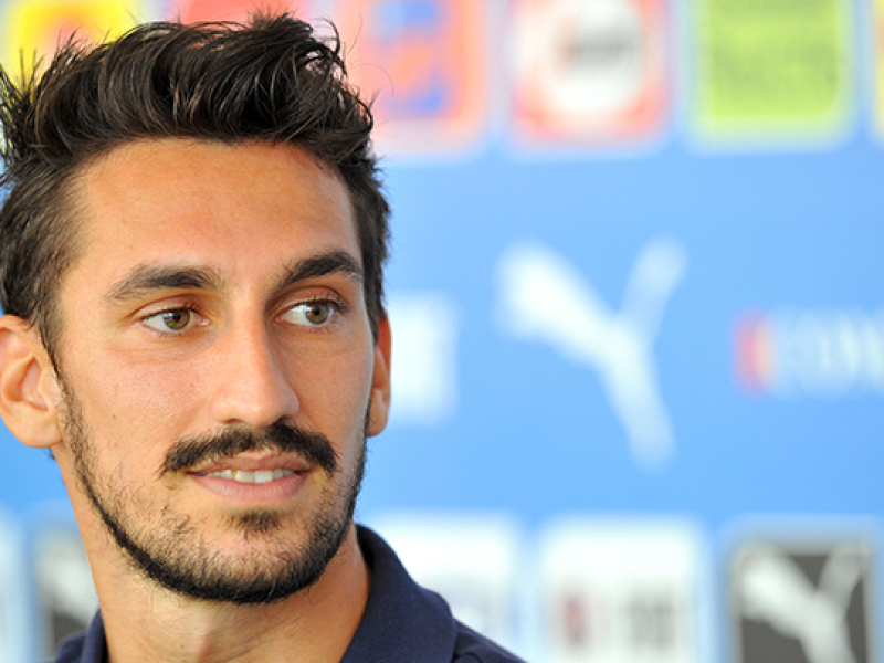 Astori, a Firenze in Santa Croce l'ultimo saluto