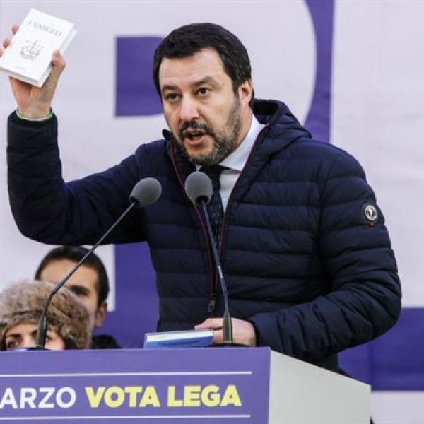 Salvini post Frontex: