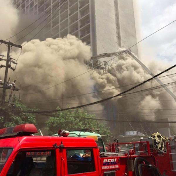 Filippine, hotel va a fuoco: 4 persone morte