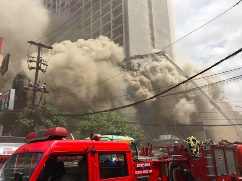 incendio filippine, incendio manila, incendio Pavilion Hotel and Casino, morti incendio Manila, morti Manila, Pavilion Hotel and Casino