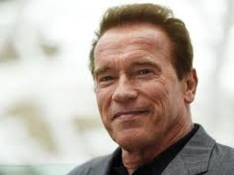 Paura per Arnold Schwarzenegger, operato al cuore d'urgenza