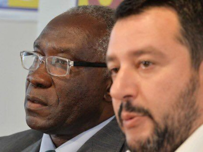 ##Balotelli contro il senatore di colore della Lega: vergogna!