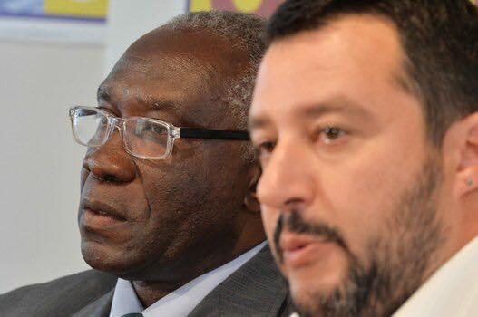 """Lega, Toni Iwobi è il primo senatore di colore: """"Ringrazio Dio e Salvini"""""""