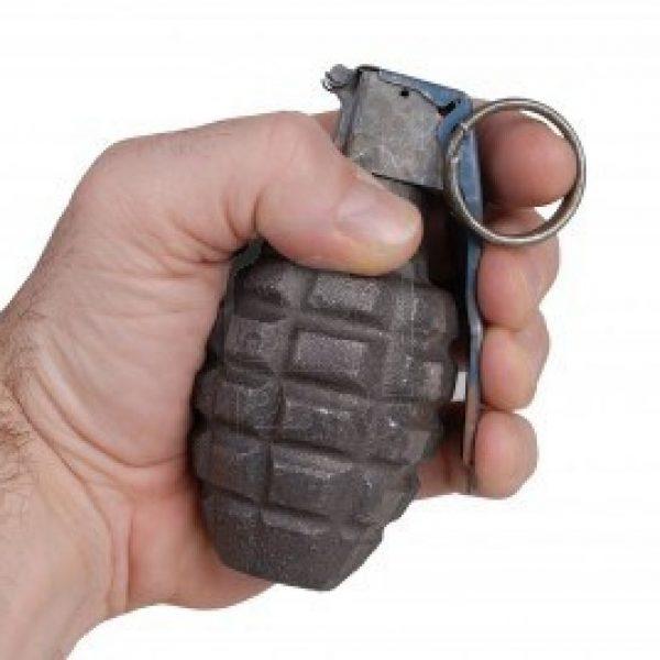 Siena, bomba a mano trovata vicino a una caserma