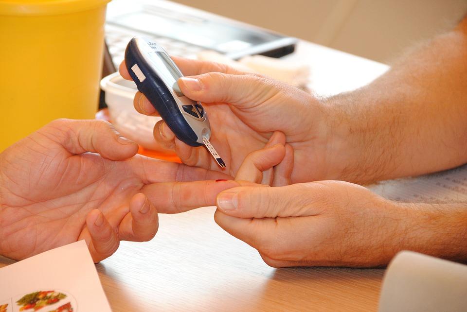 Diabete di tipo 1, nuove speranze per la cura: scoperte le molecole scatenanti